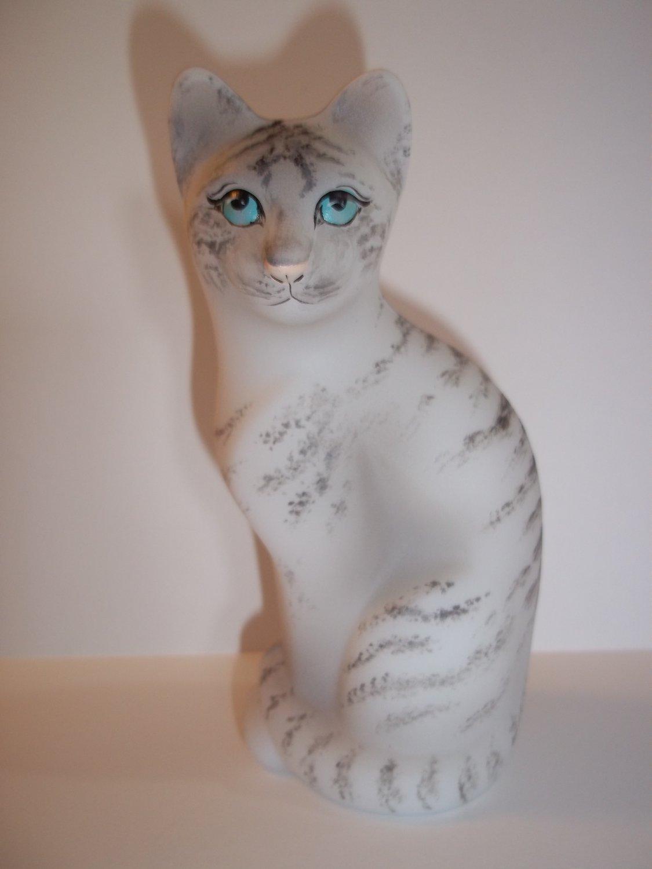 Fenton Glass Natural White Tiger Stylized Cat Figurine GSE M. Kibbe LTD ED #6/21