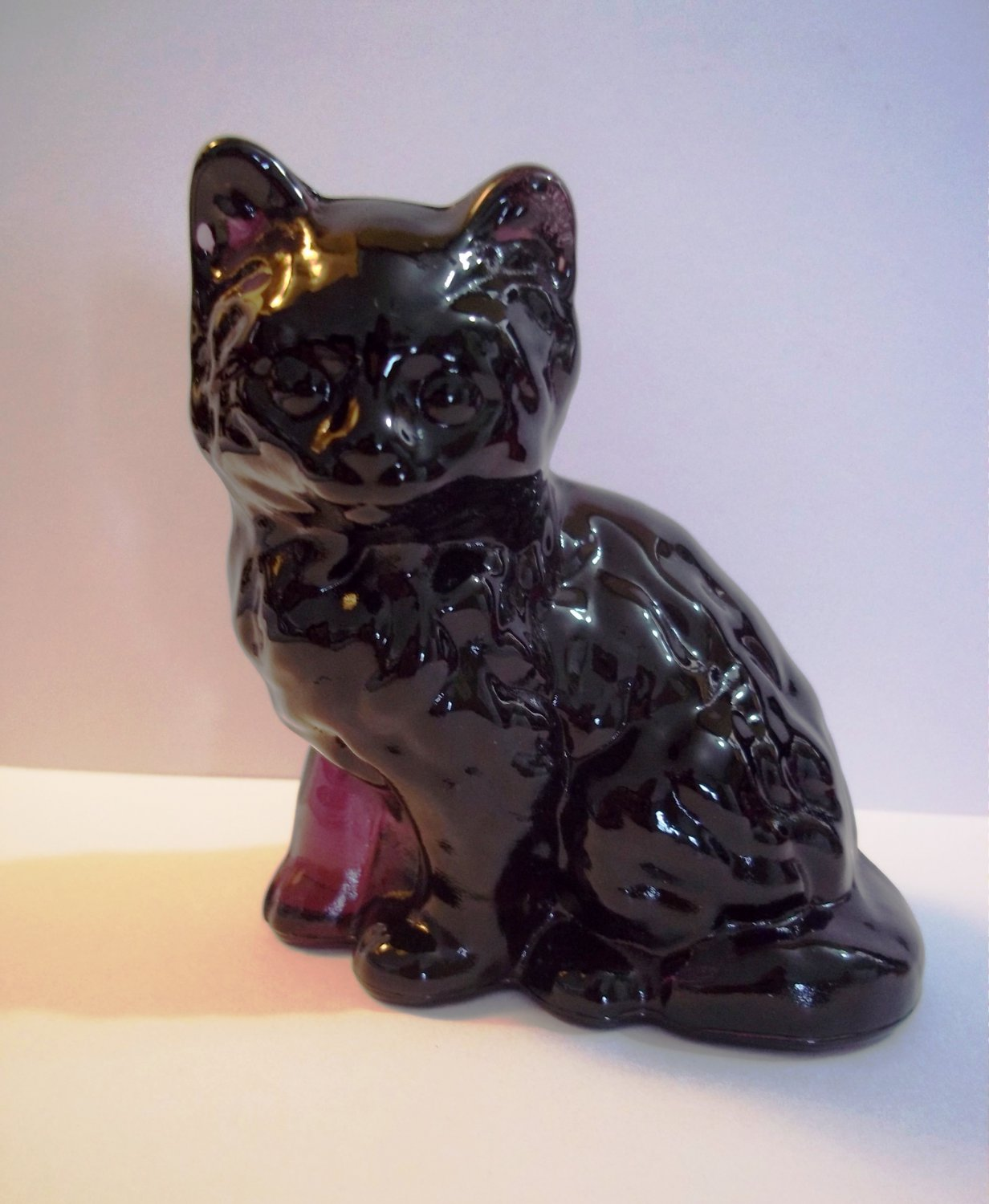 Mosser Handmade Glass Amethyst Purple Persian Cat Kitten Figurine Paperweight