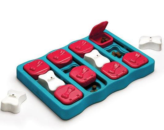 Dog Brick Interactive Toy Treat Dispenser Game Nina Ottosson Sweden Level 2