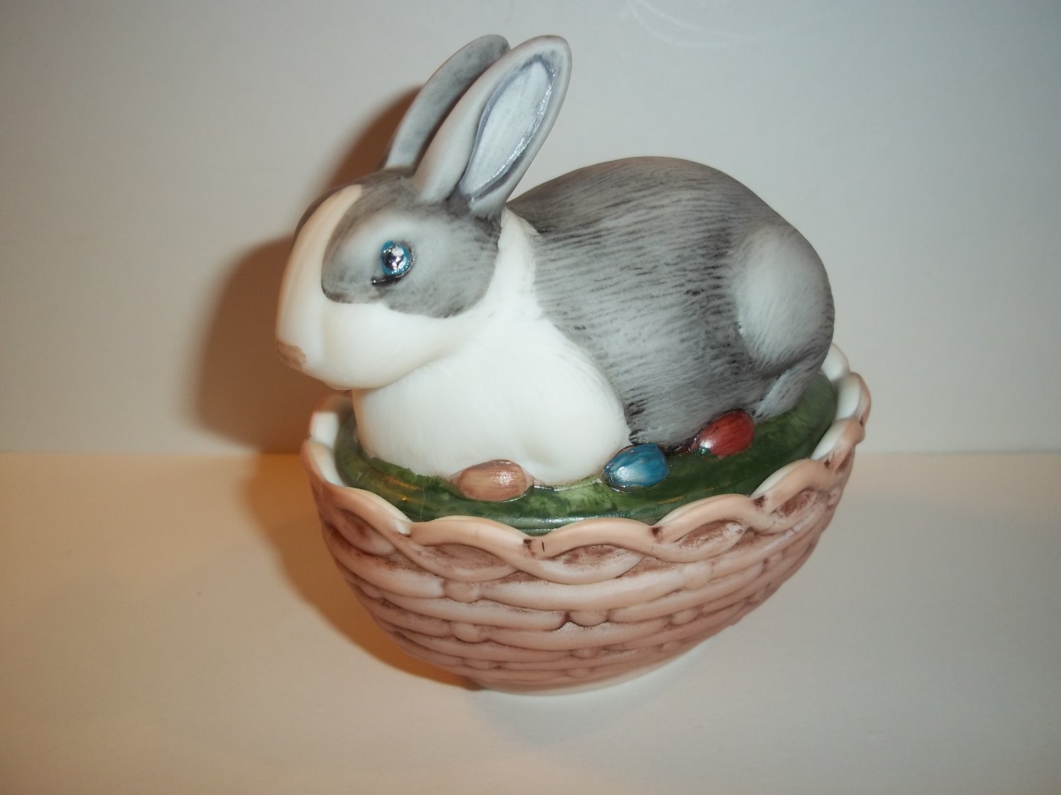Mosser Glass Natural Black & White Easter Bunny Rabbit Box Basket Covered Dish