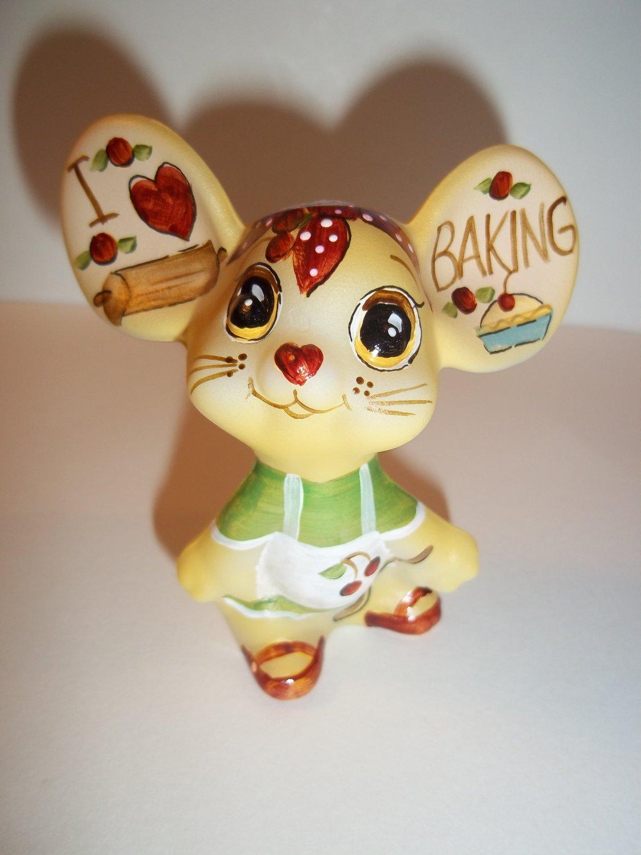 "Fenton Glass ""I Love Baking"" Kitchen Mouse Figurine GSE Ltd Ed Kim Barley #22/30"