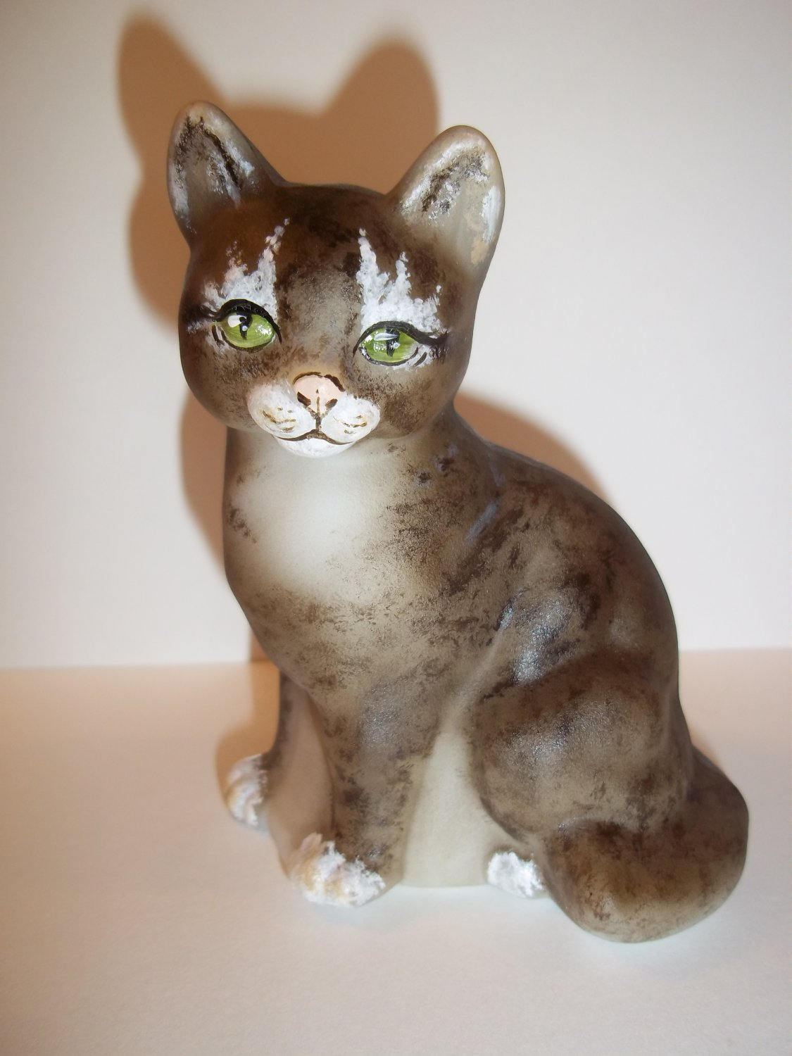 Fenton Glass Natural Brown Tabby with Boots Sitting Cat GSE Ltd Ed M Kibbe #5/13
