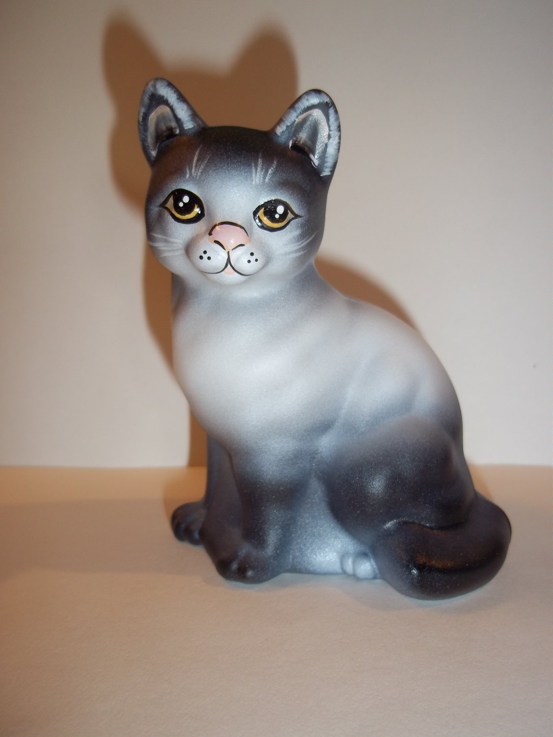 Fenton Glass Natural Gray Sitting Cat Figurine GSE Limited Edition #3/10 Kim Barley