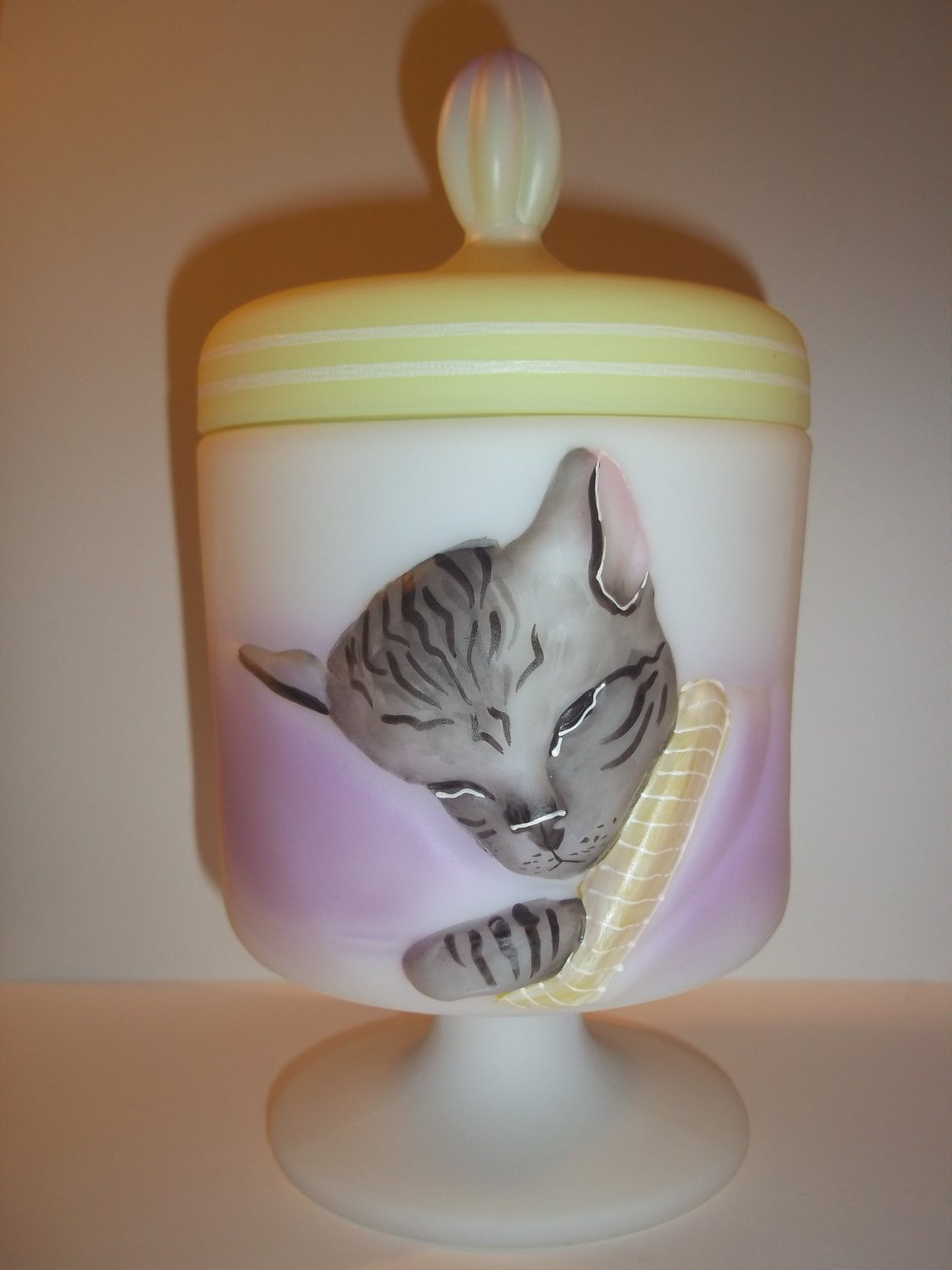 "Fenton Glass ""Cat Nap"" Chessie Cat Box Gray Tabby Mouse GSE LTD ED 8/12 Spindler"