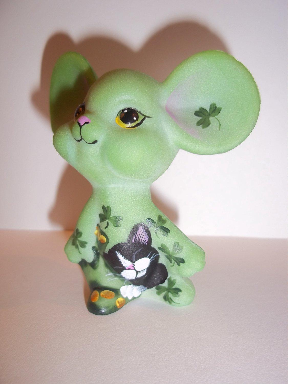 Fenton Glass Green St. Patrick's Day Mouse w Tuxedo Cat FAGCA Excl Ltd Ed of 40