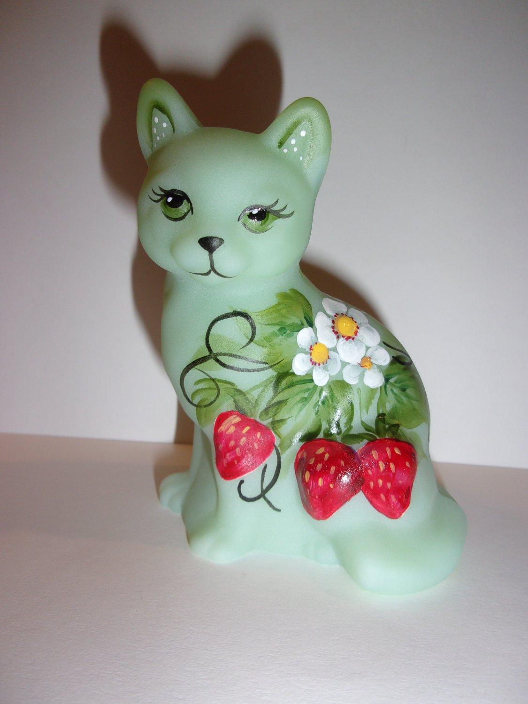 Fenton Glass Jadeite Jade Green Strawberry Sitting Cat Ltd Ed Kibbe #17/37