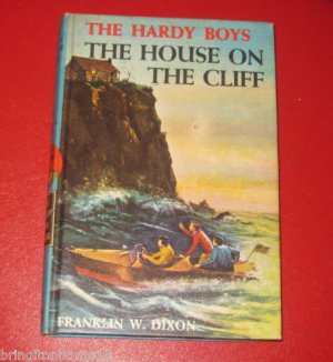 The House on the Cliff Hardy Boys Book 2 CHAPTER BOOK 1959 Franklin W Dixon  HC