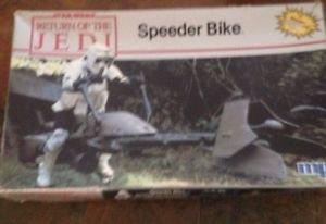Star Wars Return of the Jedi - Speeder Bike Model Kit MPC 1983 SEALED