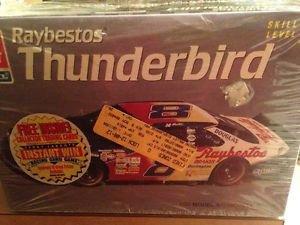 AMT ERTL 1995 Jeff Burton #8 Raybestos Thunderbird 1:25 Kit #8191
