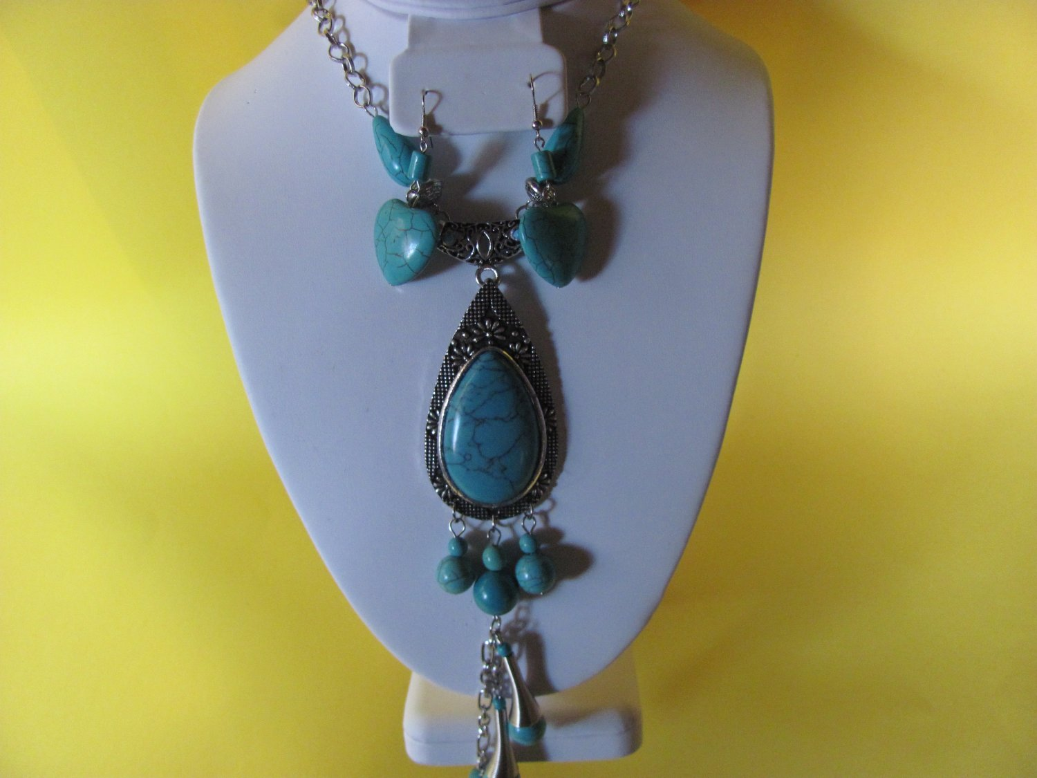 Turquoise Pendant  Necklace and Earring Set