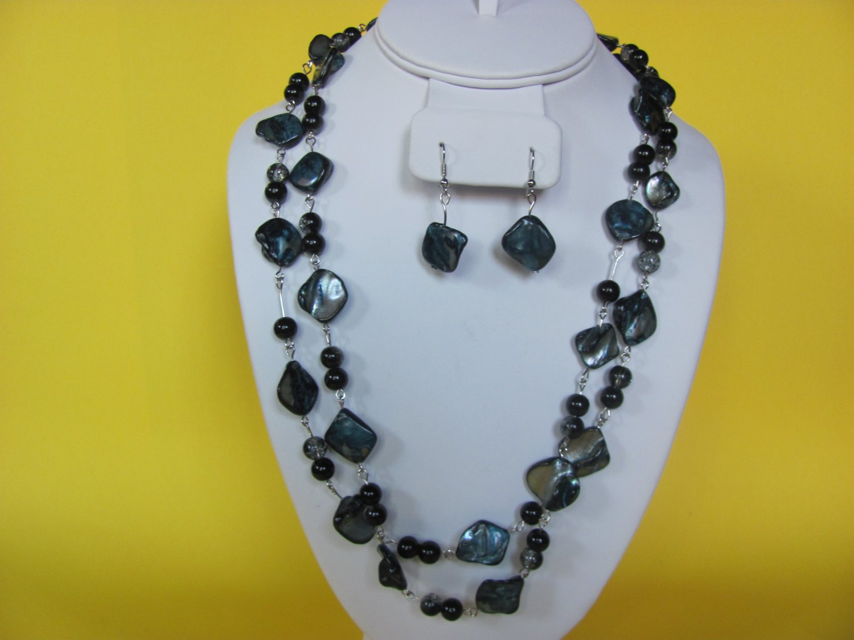 Long Gray/BLack Shell Necklace, Earring Set