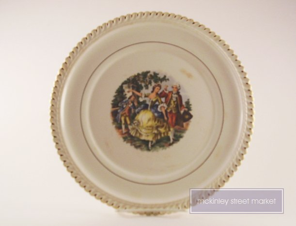 LOVELY OLD DECORATIVE PLATE COLONIAL DANCERS GOLD EDGING
