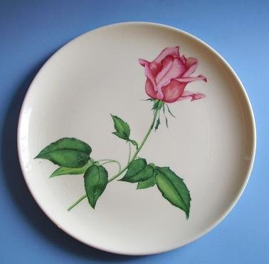 "VINTAGE HARMONY HOUSE 9-1/4"" PLATE BETSY ROSE PATTERN"