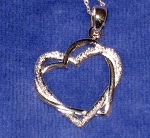 """18"""" Sterling Necklace ~ Entwined Hearts - 1"""" ~ Like New"""