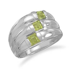 Three Row Polished Peridot Ring