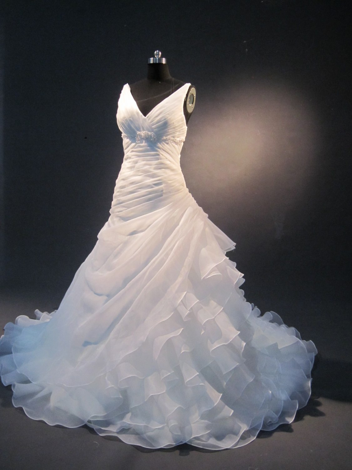 sexy V neck organza real sample wedding gown IMG1604