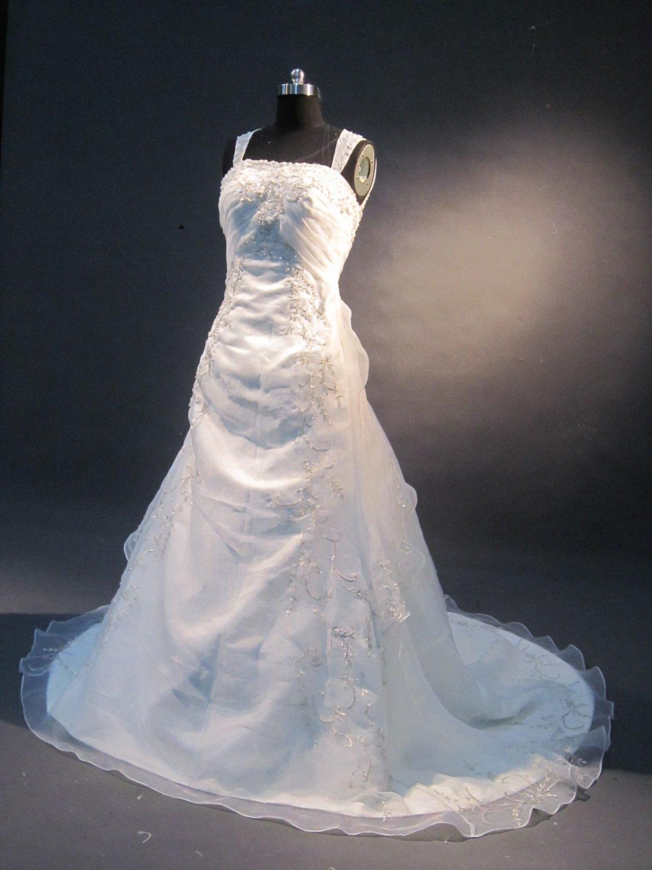 cap sleeves sheer back embroidery wedding dress IMG1649