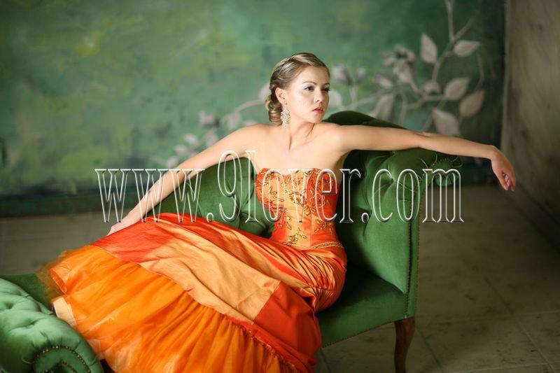 2012 Beautiful Ball Gown Strapless Neck Floor length Quinceanera Dress 9loverQ0006