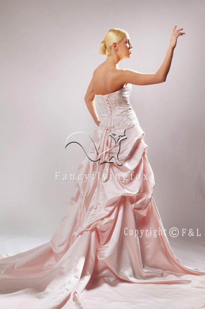 Discount Strapless Satin Western Wedding Dress 25591