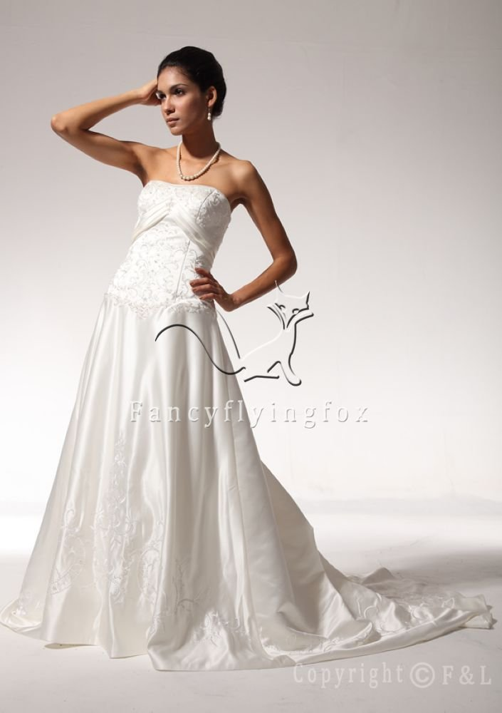 Strapless A-Line Satin wedding dress with Dropped Waist Style V3330