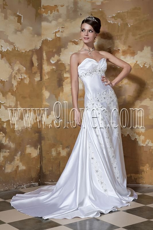 Sweetheart Simple Embroidery Quinceanera Gown 007