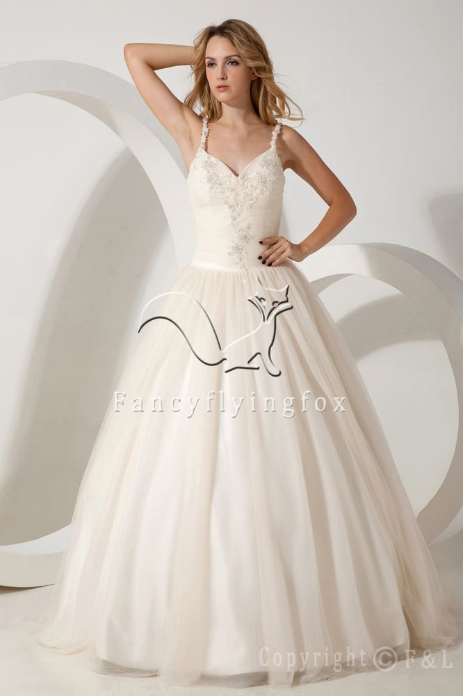 classic and modern ivory tulle spaghetti straps ball gown floor length wedding dress IMG-1684