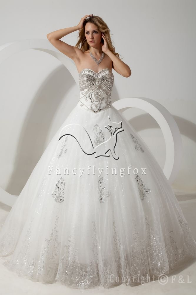 luxury white tulle sweetheart ball gown floor length wedding dress with embroidery beaded IMG-1775