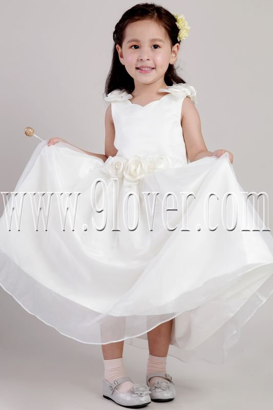 cute v-neck tulle a-line floor length flower girl dress IMG-2027