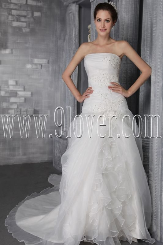 exclusive organza strapless a-line floor length wedding dress IMG-2623