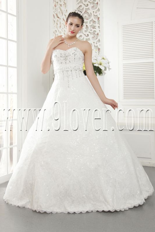 luxurious lace sweetheart a-line floor length plus size wedding dress IMG-5459