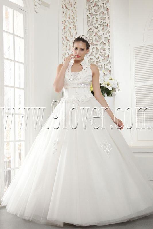 classic halter neck ball gown floor length wedding dress IMG-5467