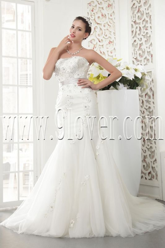 2013 vintage and retro white tulle strapless trumpet mermaid wedding dress IMG-5484