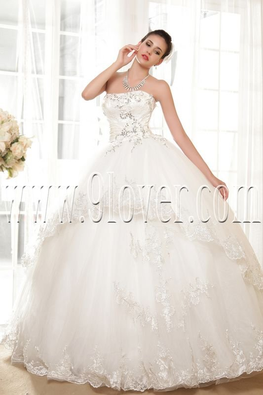 classic white tulle strapless ball gown wedding dress IMG-5579