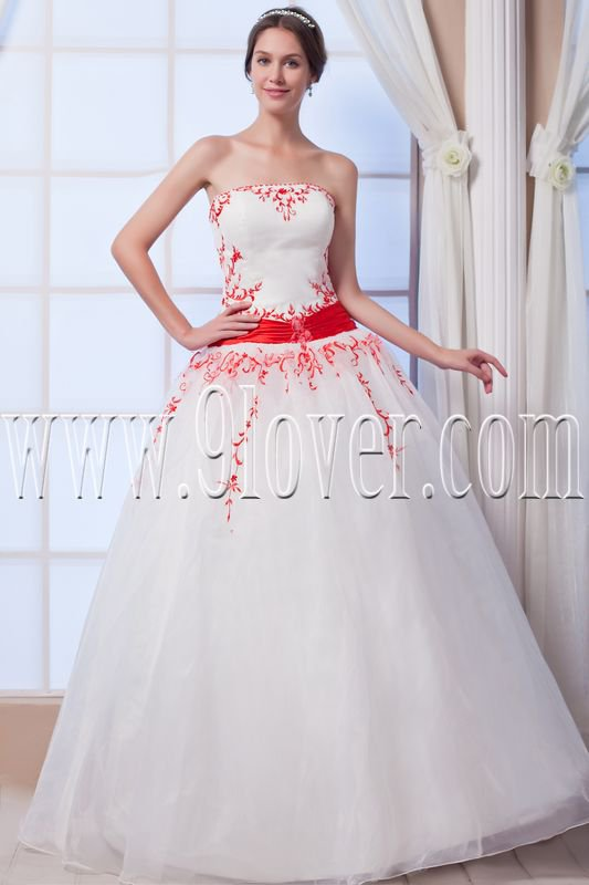 stunning white tulle strapless ball gown floor length wedding dress with embroidery IMG-7617