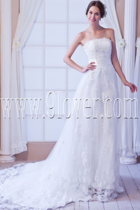 stunning strapless a-line floor length tulle wedding dress with appliques IMG-7872