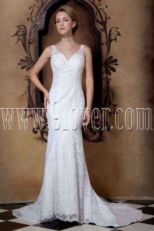vintage v-neckline white lace a-line floor length wedding dress IMG-1637