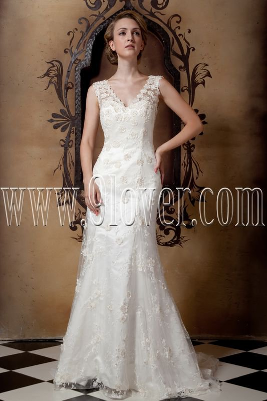 glamour white lace a-line floor length wedding dress with appliques IMG-1659