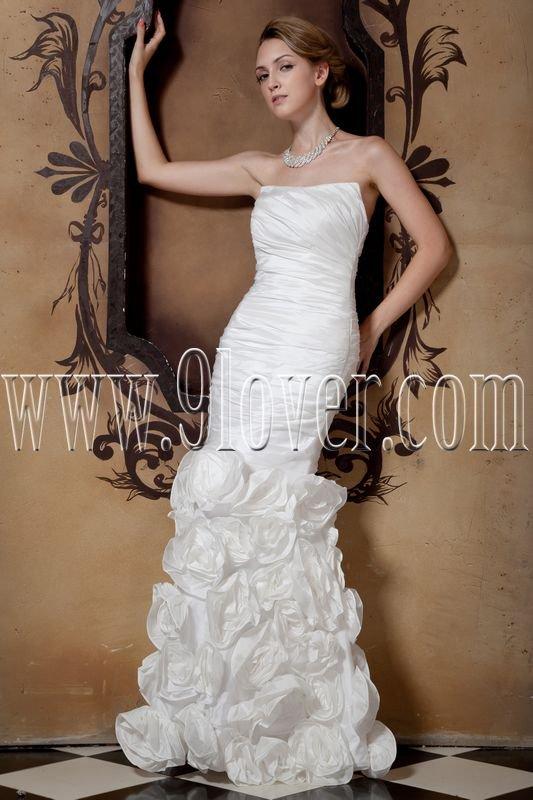 exclusive white taffeta strapless trumpet mermaid wedding dress IMG-1679