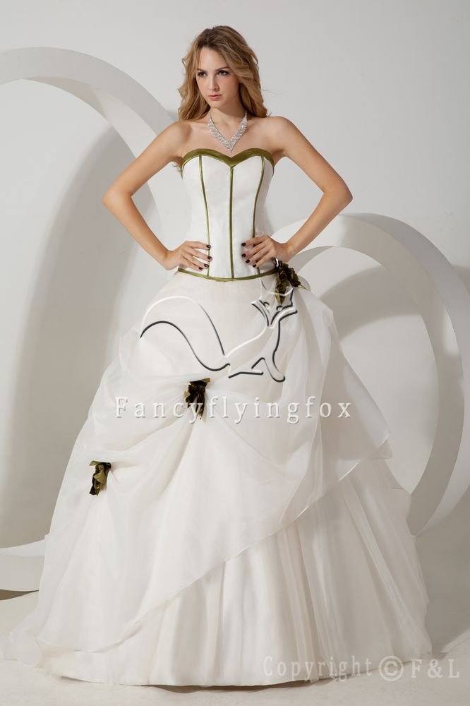 classic white tulle sweetheart neckline ball gown floor length wedding dress with pleated IMG-1628