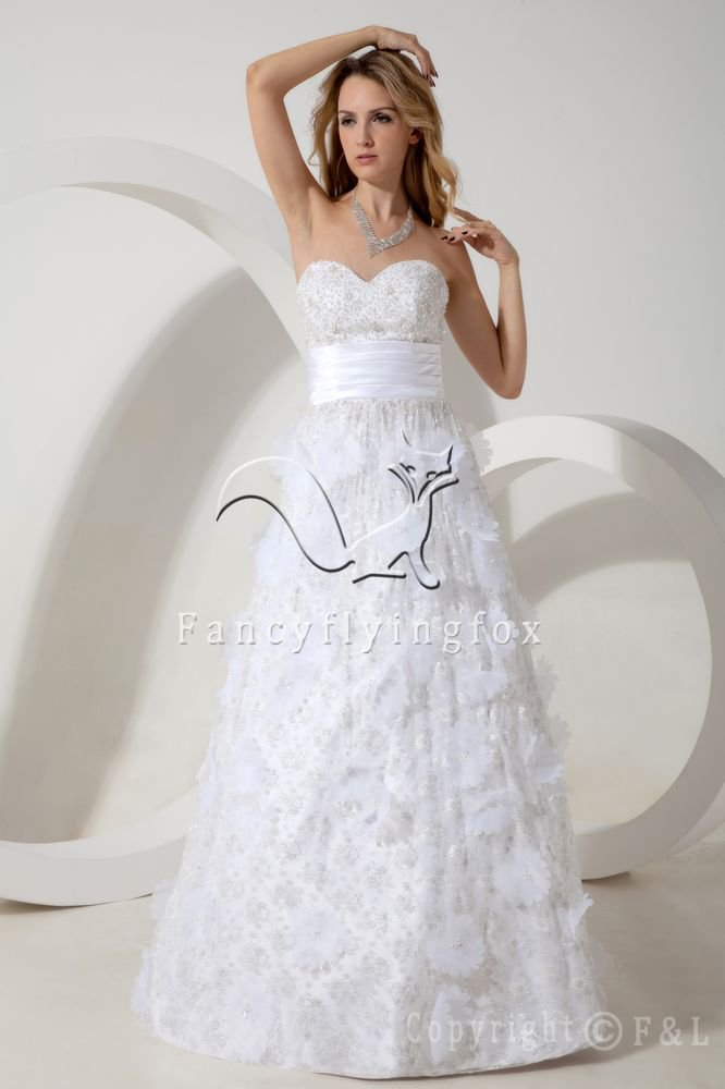 white lace sweetheart neckline a-line floor length wedding dress IMG-1794