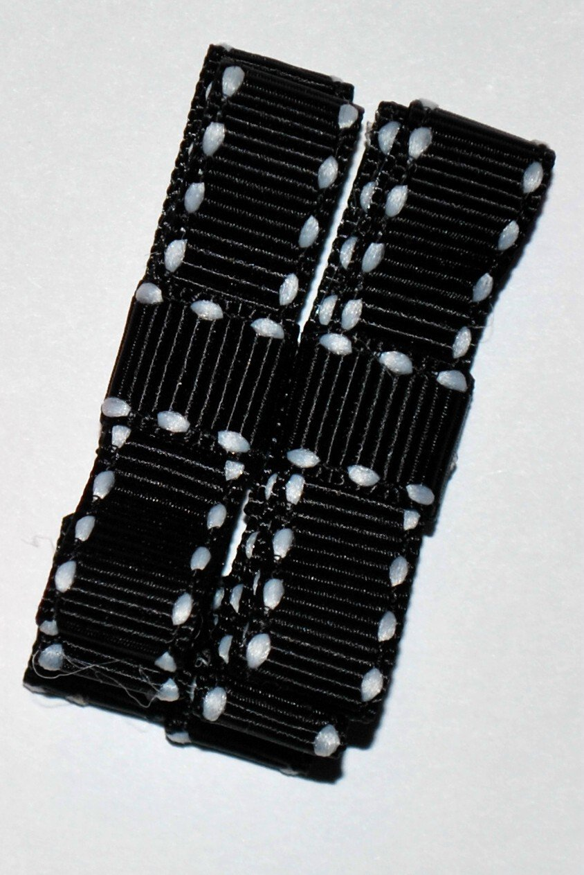 Black Bow Clippies