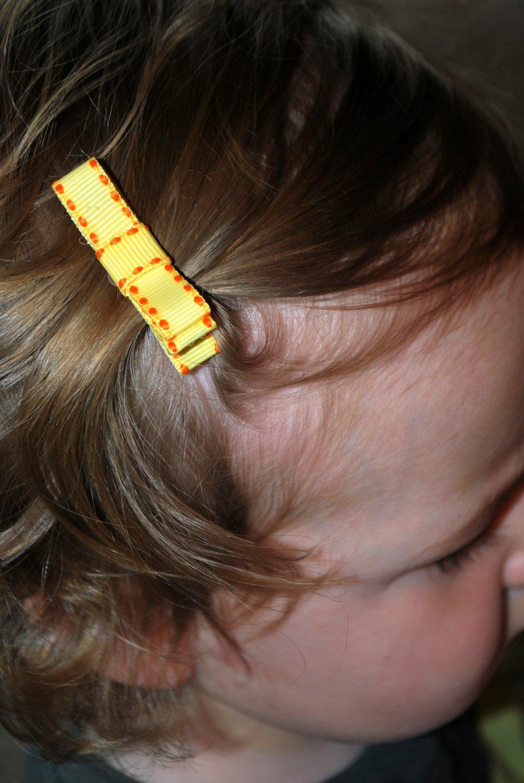 Yellow Bow Clippie