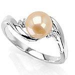 18K White Gold Diamond/Pearl Ring