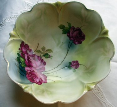 Cabbage Roses Raspberry Red Pattern Large Porcelain 10 Inch Bowl Made in Germany