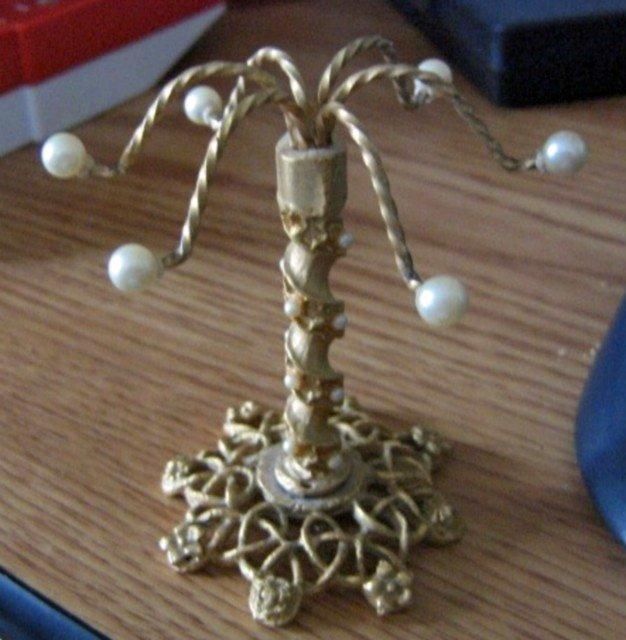 Delicate Tree Shaped Brass and Pearls Ring or Earring Holder #00194