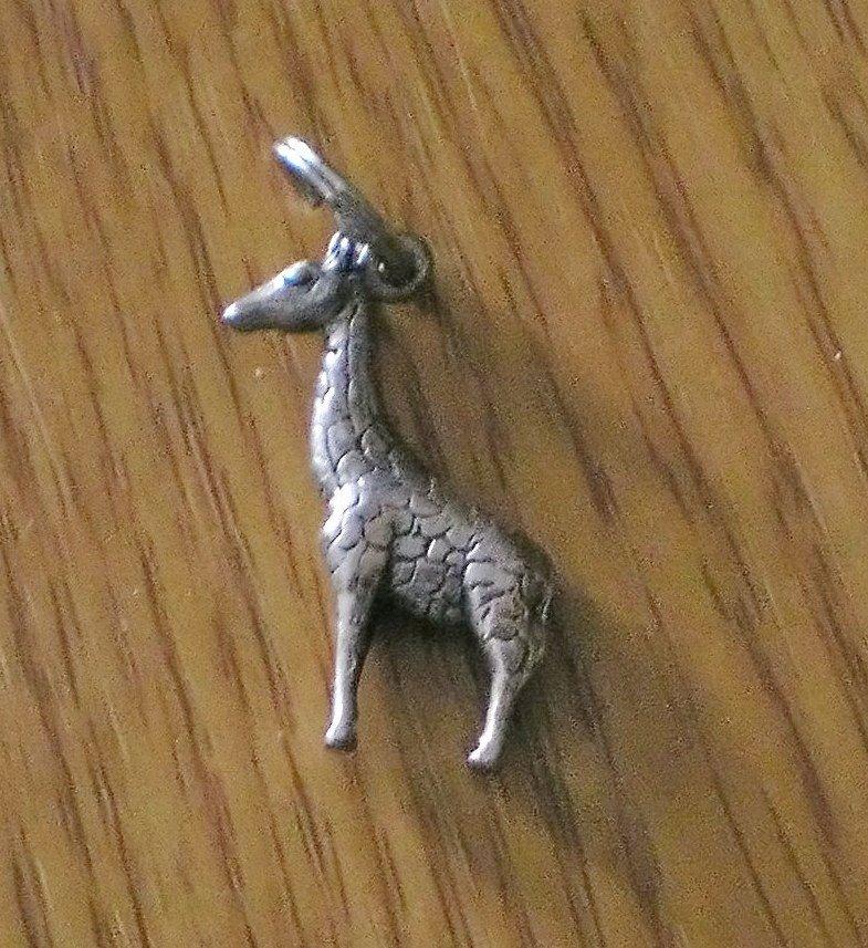 Silver Detailed Giraffe Charm for Bracelet  #00004