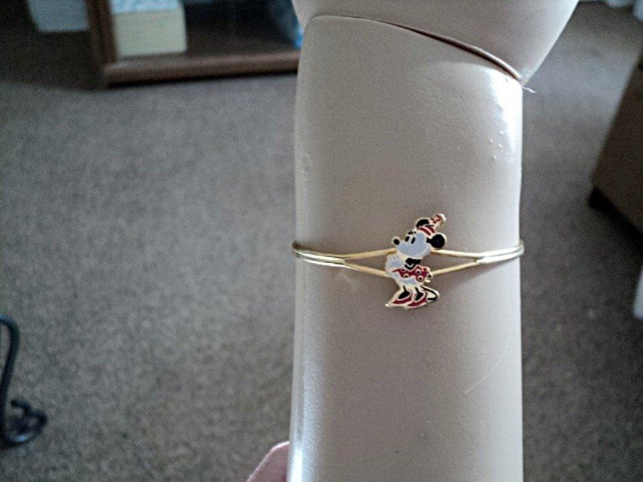Walt Disney Productions Minnie Mouse Cuff Bracelet   #00203