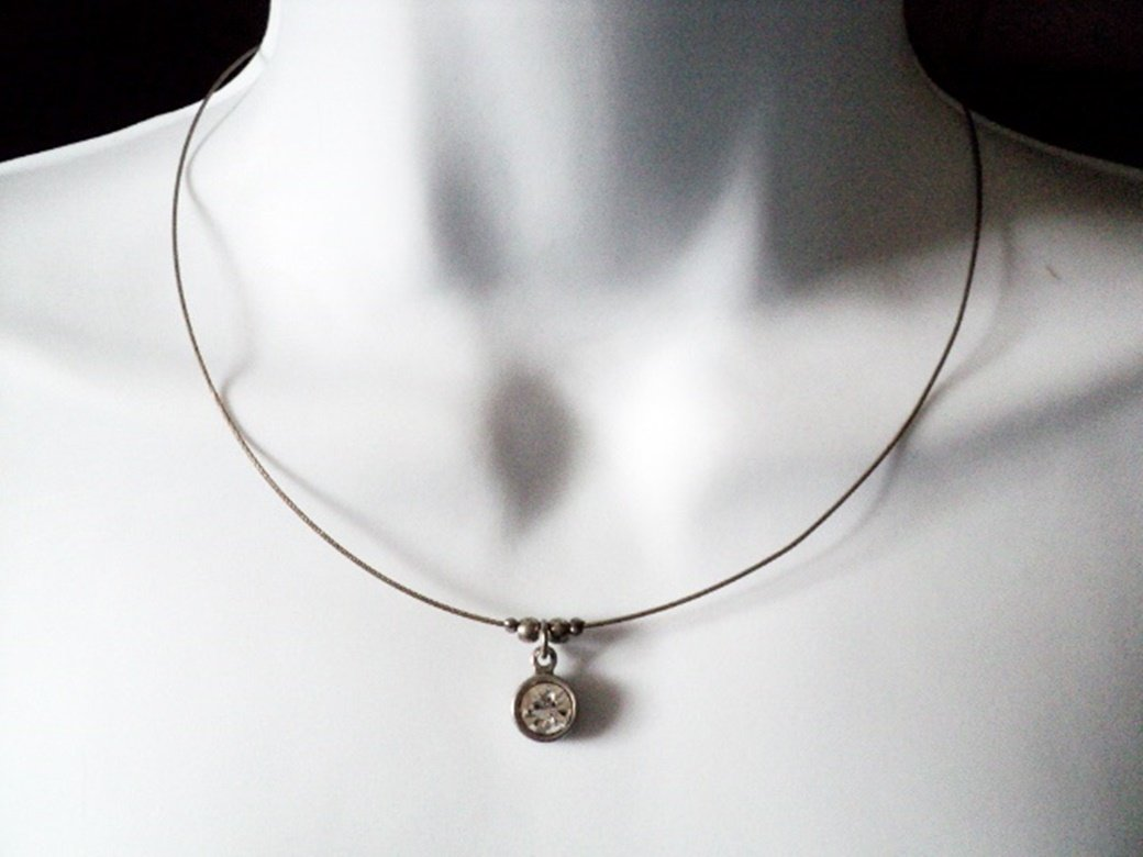 Silver Wire and Chain Choker with Large Round Cubic Zirconia Pendant Necklace  #00153