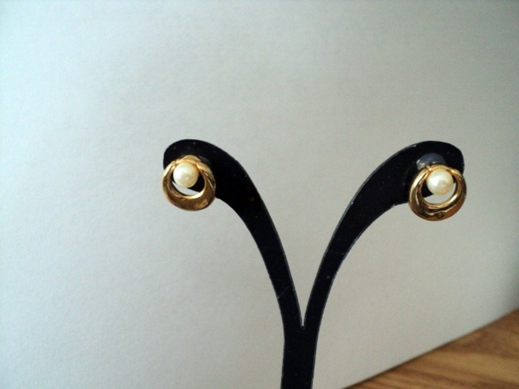 Gold and Faux Pearl Post Earrings #00046