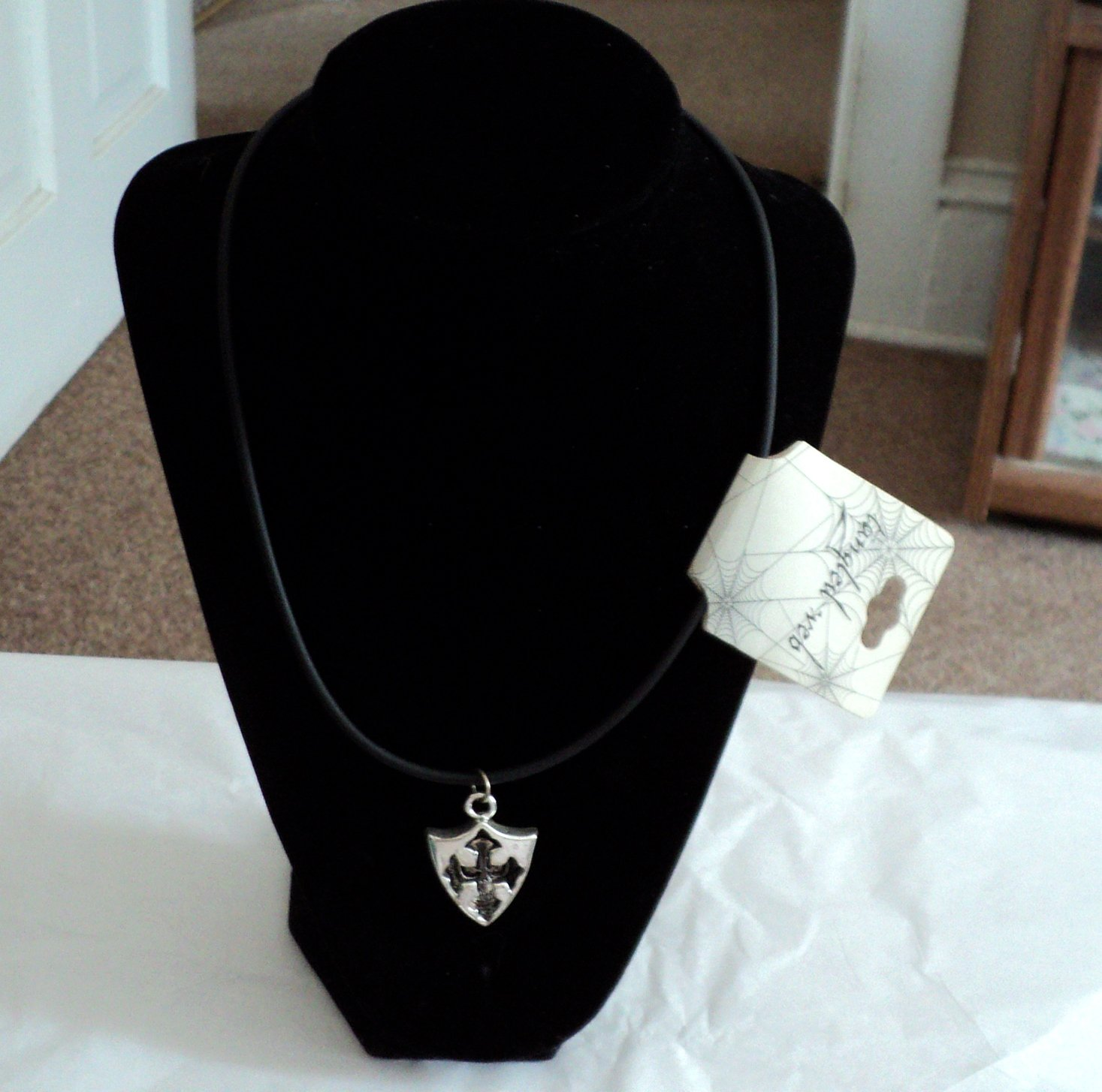 Tangled Web Men's Silver Skull in Arrow Head Pendant on Black Cord Necklace  #00242